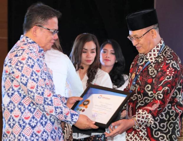 Muara Enim Terima Penghargaan Dari Ombudsman