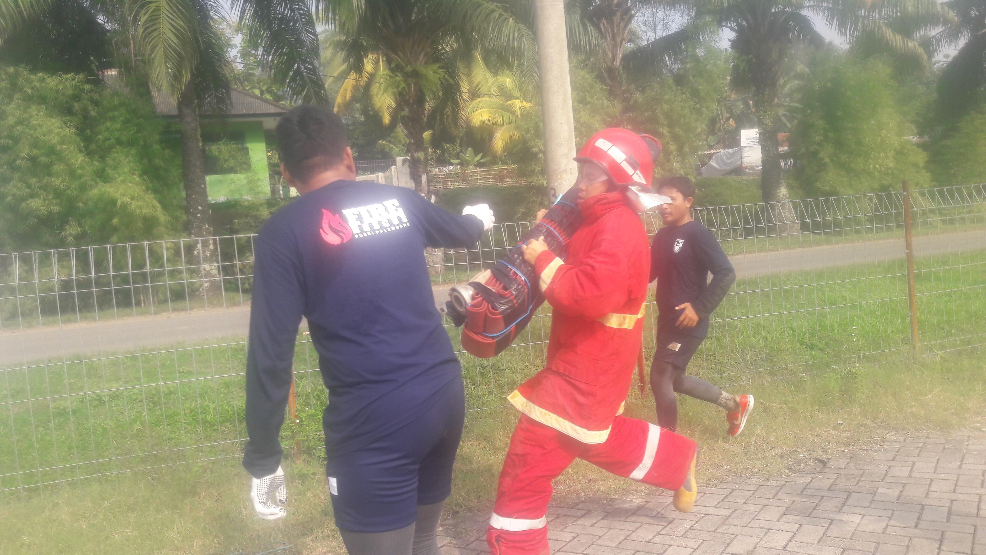 Bukit Asam Fire Rescue Challenge Kembali Digelar